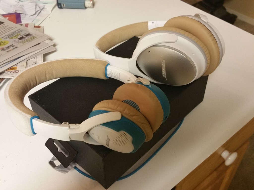 Bose QuietComfort 25 Vs. Bose SoundLink On-Ear Bluetooth Headphones ...