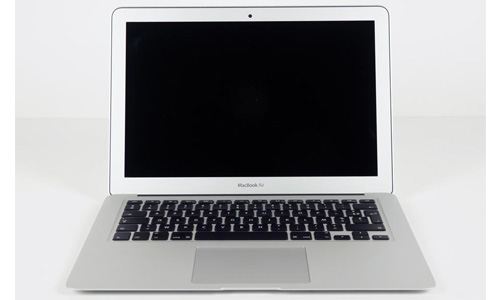 The 2013 MacBook Air still has a low resolution screen.