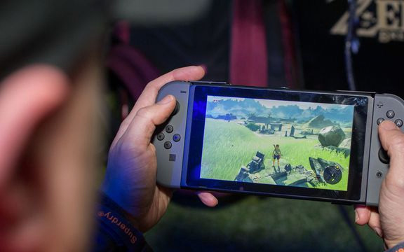 The smaller version of the Switch will likely delete the HDMI connection.