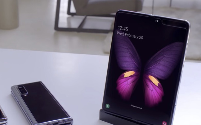 Samsung Galaxy Fold -- folded (left) and extended (right)