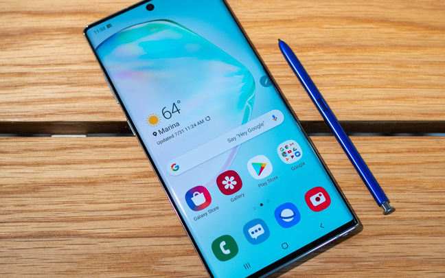 The Samsung Galaxy Note 10 comes in two different sizes.