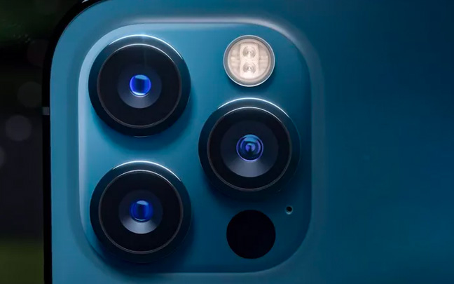 The current iPhone 12 lenses have a minimal optical zoom range.