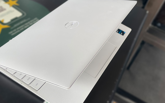 The latest XPS 13 has a very thin but sturdy design.