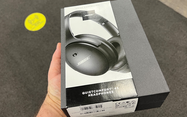 The QC45 offers excellent noise cancellation.